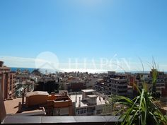 Located in Badalona is an exquisite penthouse of 145m² with a terrace of 60m² that offers incredible views of the sea