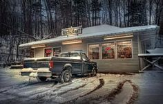 """What is HDR? High Dynamic Range Info and Examples: HDR Example - Learn more from the Photographer: <a href=""""http://graphicssoft.about.com/u/sty/galleries/hdr-images/Butterballs-Restaurant.htm"""">Butterballs Restaurant by Gary</a>"""