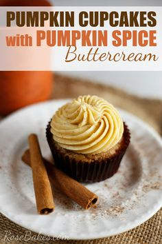 Pumpkin Cupcakes with Pumpkin Spice Buttercream Frosting. These cupcakes are delicious & snap you right into the Fall mood - a perfect dessert for this season!