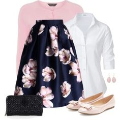 So feminine! Maybe a little too feminine for my typical style ... but still so pretty!!