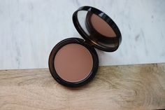 Bobbi Brown Bronzing Powder in Stonestreet