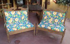 Fabricação das almofadas para os assentos e encostos.