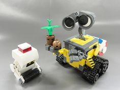 LEGO Wall-e 04+ by LEGO suzuki, via Flickr