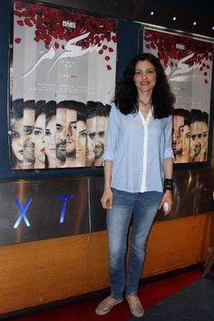 """بالصور سارة شاهين والمخرج هاني خليفة يحتفلان مع الجمهور بفيلم """"سُكر مُر"""" - نصف الدنيا"""