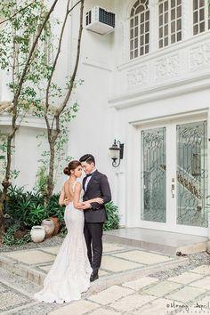 See the pre-wedding prenup photos of Alden Richards and Maine Mendoza of Aldub. Pre Nup Photoshoot, Pre Wedding Photoshoot, Wedding Shoot, Wedding Blog, Photoshoot Ideas, Prenup Ideas Philippines, Prenup Photos Ideas, Prenup Ideas Outfits, Couple Photography Poses