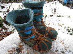Mystic Orb: How to Make Wool Boots From recycled sweater and foam. Not sure I could do this but I like the result