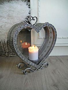 Hjertelykt i antikk sølv Decor, Wall Lights, Candle Holders, Candle Lanterns, Candles, Candle Sconces, Lanterns, Mobile Shop, Home Decor