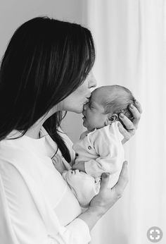 Excellent baby arrival info are offered on our web pages. look at this and you wont be sorry you did. Newborn Baby Photos, Newborn Shoot, Newborn Baby Photography, Newborn Pictures, Baby Pictures, Birth Photography, Family Pictures, Children Photography, Family Photography