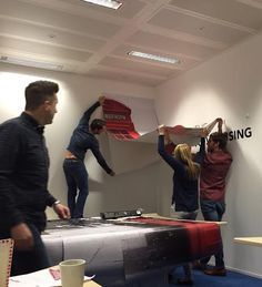 How many Ad Clubbers does it take to put a sticker on the wall? A throwback post to when we first put up our wall stickers in the London office.