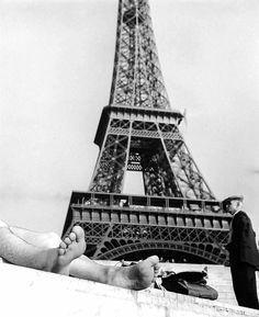 Robert Doisneau. Paris 1960 http://www.auction.fr/_fr/vente/photographies-modernes-et-contemporaines-15336?#.VS8QL_mUeSo