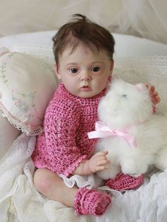 Reborn Tiffany LE by Natali Blick reborned by Artist Mary DiStefano Kittens And Puppies, Baby Kittens, Adorable Babies, Hello Dolly, Reborn Babies, Tiffany, Mary, Dolls, Artist