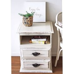 """""""A nice little transformation for this once average pine bedside. Removed a drawer and painted in #anniesloan Old Ochre. {$149} #furniturerestoration…"""""""
