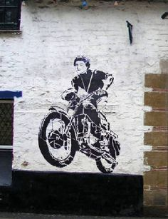 Banksy Graffiti, Bansky, Street Art Graffiti, Mural Art, Art Art, World Street, The Eighth Day, Artist At Work, Les Oeuvres