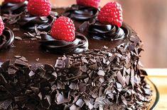 Delicious and moist: Mayo chocolate cake recipe Chocolate Ganache Icing, Chocolate Mayonnaise Cake, Chocolate Cake, Sugar Free Chocolate, Chocolate Recipes, Pudding Recipes, Cake Recipes, Pumpkin Fritters, Malva Pudding