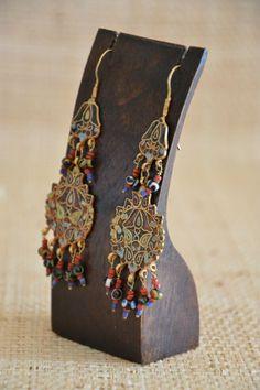 Preciosos #pedientes de joyería #étnica, de plata chapada en oro y esmaltada, con colgantes de cristal de murano.