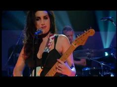 ✂ | Amy Winehouse - Stronger Than Me (Later... With Jools Holland)
