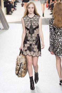 Louis Vuitton - Fall Winter 2015