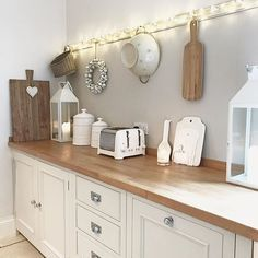 Kitchen Interior I don't want to bore you with another kitchen pic but I have a new phone (so not into technology) but look how clear the pics are! Cozinha Shabby Chic, Shabby Chic Kitchen, Country Kitchen, New Kitchen, Vintage Kitchen, Cottage Kitchens, Home Kitchens, Kitchen Interior, Kitchen Decor
