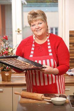 Pečeme cukroví s Hankou: Kakaové dortíčky s ořechy - Proženy