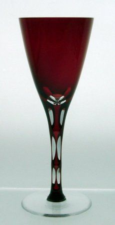 Wine Goblet Linette - Exclusive crystal gift with handcut pattern on the stem. Handcrafted. - Linette Goblet