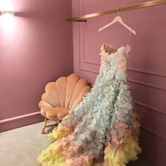 The Upholstered Venus Chair by Soane Britain in a changing room at Moda Operandi London. Haute Couture Gowns, Changing Room, Find Furniture, Side Chairs, Tulle, London, Venus, Inspiration, Britain