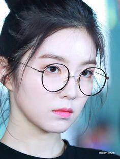 170611 IRENE Red Velvet アイリーン, Red Velvet Seulgi, Red Velvet Irene, Cute Korean Girl, Asian Girl, Petty Girl, Red Valvet, Fan Picture, Anime Art Girl