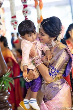 Lots Of Eye Pleasing Details At This Wedding Extraordinaire Mom And Son Outfits, Mom And Baby Dresses, Baby Boy Dress, Kids Outfits, Bridal Blouse Designs, Saree Blouse Designs, Kids Ethnic Wear, Baby Boy Ethnic Wear, Blouse Neck Patterns