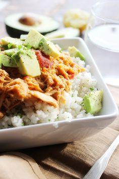 Cheesy Crockpot Shredded Mexican Chicken #recipe #5ingredients