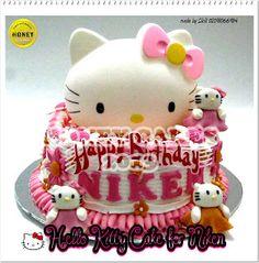 HONEY CAKES: Hello Kitty Cake For Niken