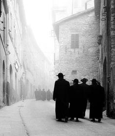 Elio Ciol Via Portica-Assisi, 1958 Thanks to tytusjaneta
