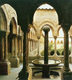 King Armando's palace...Water is a precious commodity in the desert, unless you live in the palace