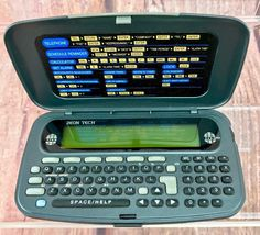 VINTAGE ZEON TECH ELECTRONIC TRANSLATOR FULLY WORKING WORDS GAMES CALCULATOR Office Equipment, Word Games, Calculator, Tech, Electronics, Words, Vintage, Ebay, Tecnologia