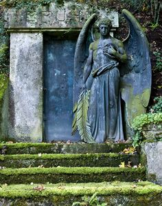 Angel Gera-Untermhäuser Friedhof , Germany
