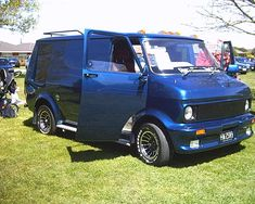 National Custom Van Show Bedford Van, Bedford Truck, Customised Vans, Custom Vans, A Team Van, Aussie Muscle Cars, Van Car, The A Team, Pickup Trucks