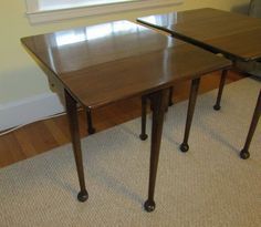 Pair of matching Queen Anne style gate leg drop leaf mahogany tables