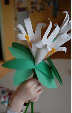 17 easy Mother's Day crafts for families