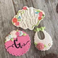 Cupcakes  Fondant  Baby shower  Flowers