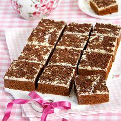 Gott i kvadrat! Choklad- och vaniljrutor med frosting och strössel. Glutenfri