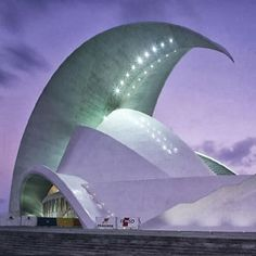 The beauty of Engineering meeting & Architecture.tenerife opera house in the canary islands, santiago calatrava. Unusual Buildings, Interesting Buildings, Amazing Buildings, Modern Buildings, Office Buildings, Modern Houses, Futuristic Architecture, Beautiful Architecture, Contemporary Architecture