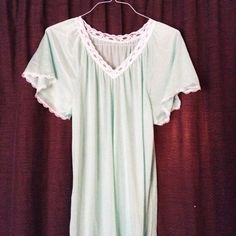 Vintage Nighty Super cute nightgown from the '60s. Mint color. Size M/L Vintage Intimates & Sleepwear