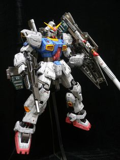 PG 1/60 Gundam Mk-II  Modeled by Terry Wong
