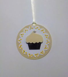 Light Yellow Dimensional Cupcake Favor Tags, Perfect for Birthday Parties or Baby Showers Set of 20