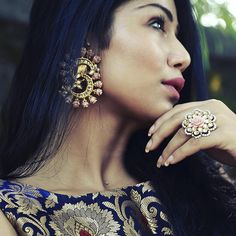 """""""It's all about details! Can't get enough of the rose and gold jewellery combination from @justjeweleryindia   My festive fix for all kinds of jewellery!…"""""""