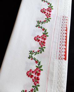 Mini Cross Stitch, Cross Stitch Flowers, Embroidery Art, Elsa, Tablecloths, Design, Bath Linens, Cross Stitch Embroidery, Towels