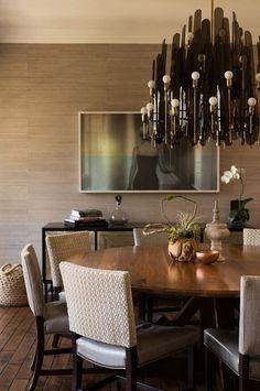 Balance is the key for a good design | www.bocadolobo.com #bocadolobo #luxuryfurniture #exclusivedesign #interiodesign #designideas  #diningtable #luxuryfurniture #diningroom #interiordesign #table #moderndiningtable #diningtableideas