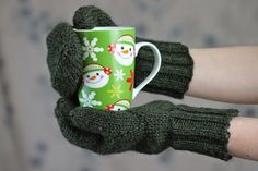 Knitting Patterns Mittens Doug Fir Mittens Balls to the Walls Knits, A collection of free one- and two- skein knitting pattern. Easy Knitting Projects, Easy Knitting Patterns, Yarn Projects, Crochet Patterns, Knitting Ideas, Knitted Mittens Pattern, Knit Mittens, Knitted Hats, Knitting Yarn