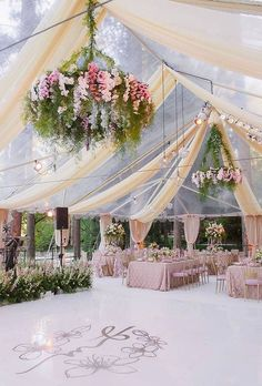 This wedding decor is simply amazing! ✨ Who is inspired? Comment what you think. Marquee Wedding, Tent Wedding, Wedding Ceremony, Wedding Venues, Dream Wedding, Wedding Day, Wedding Bride, Gown Wedding, Lace Wedding