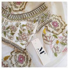 Beautiful choli for sarees or lehenga Cutwork Blouse Designs, Fancy Blouse Designs, Bridal Blouse Designs, Saree Blouse Designs, Couture Embroidery, Embroidery Fashion, Asian Wedding Dress, Blouse Models, Sarees