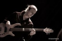 Sebastien Pittet - Site de incitelausanne ! Montreux Jazz, Concert, Violin, Music Instruments, Gypsy Jazz, Music School, Bass Guitar Case, Singer, Musical Instruments
