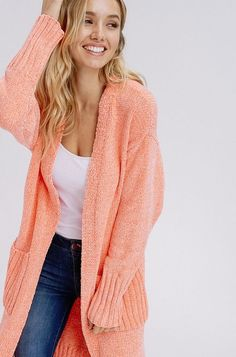 Modern fashionable women choose coral cardigan because fashion recommends you to be feminine and mysterious. Find out right now what to wear a coral cardigan with! Coral Cardigan, Cardigan Outfits, Cool Outfits, My Style, Womens Fashion, How To Wear, Clothes, Disneybound, Theory